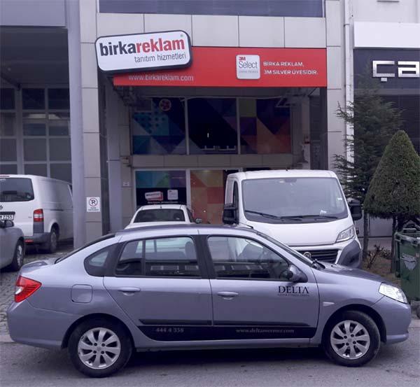 araç firma kapı logosu fiyat